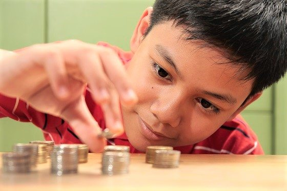 Teaching kids how to manage money